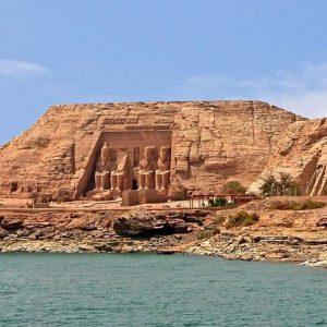 Day tour to Abu Simbel