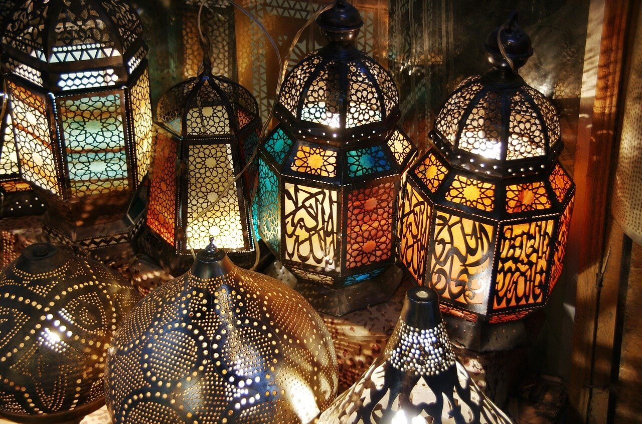 Khan El khalili Bazaar - Egypt Vacation Tours (1)