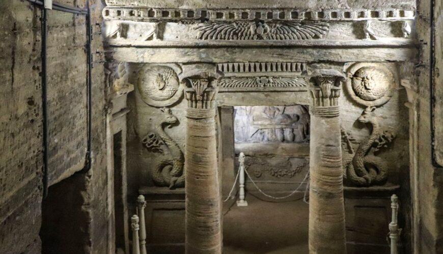 Catacombs of Kom el Shoqafa - Egypt Vacation Tours (3)